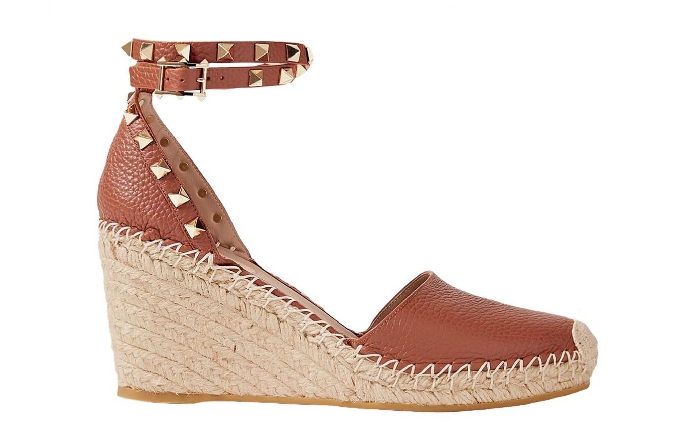 Chaussure de luxe femme VALENTINO Sandale espadrille compensé Rockstud camel