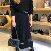 Look number 2  Back in town  Pull @barrieofficial  Robe , boots et ceinture @maisonalaia sac @maisonvalentino   #lookderentree #backintown #fw21 #newcollection #parenthesebordeaux